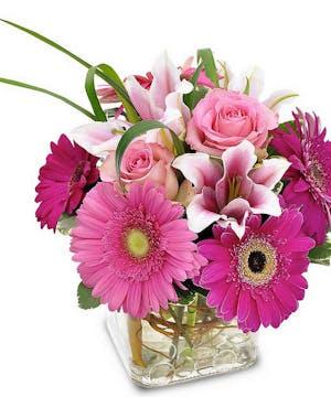 Pretty Pink Petals Cube Vase